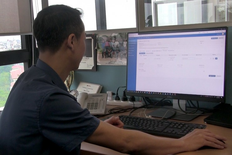In Vietnam, PATH and partners leveraged existing systems to create new online COVID-19 reporting forms in just nine days. Photo source: PATH